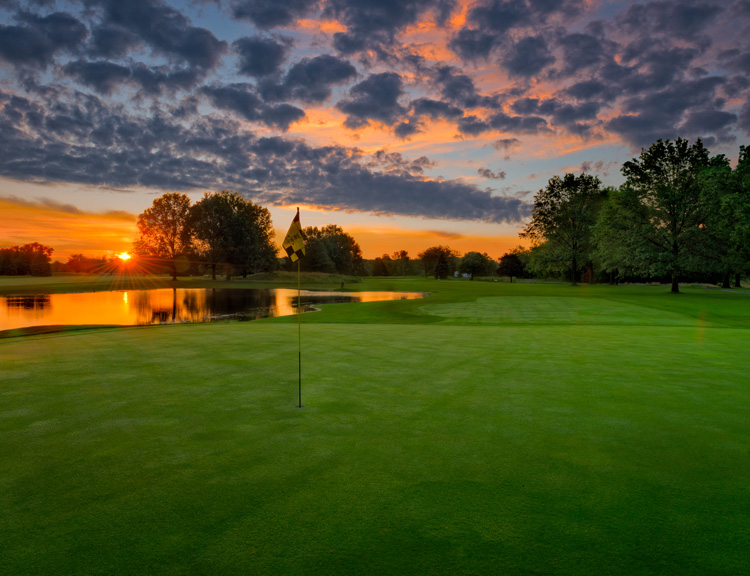 Premier Golf Course near Dayton Ohio - Country Club in Piqua